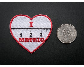 I heart METRIC - Skill badge, iron-on patch (40mm x 40mm)